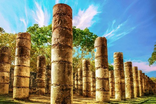 Chichen Itza was a large pre-Columbian city built by the Maya people of the Terminal Classic period. - Mexico Travel Guide