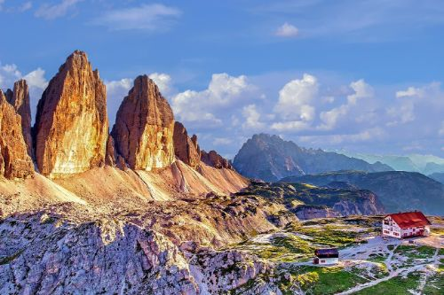 South Tyrol Moutains in Austria- Ultimate Austria Travel Guide