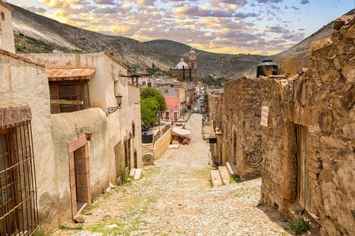 Real de Catorce, Mexico: street view of the mostly abandoned silver mining town - Ultimate Mexico Travel Guide