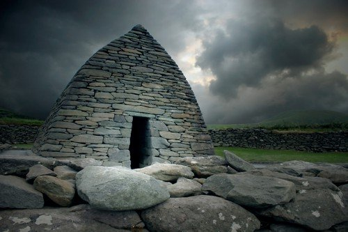 County Kerry, Ireland. This early monastic building dates from the 8th century - Ultimate Ireland Travel Guide