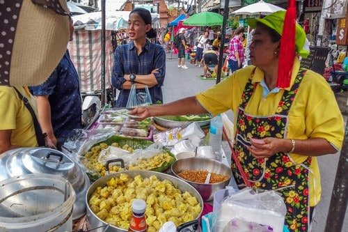 Dumpling Lady At the Walking Street - Ultimate Thailand Travel Guide Weekend in Chiang Mai