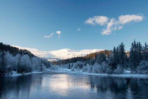 Mountain winter landscape. - ultimate norway travel guide