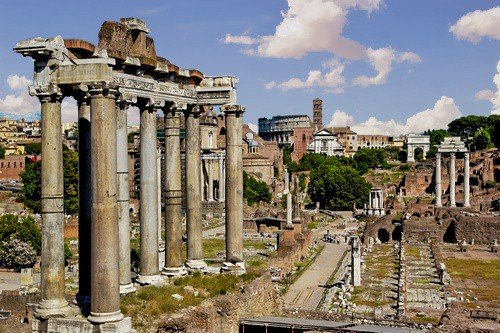 Roman Forum in the city of Rome in Italy. - Ultimate Italy Travel Guide