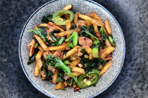 Spicy Stir-Fry Kale and Potatoes w Bacon