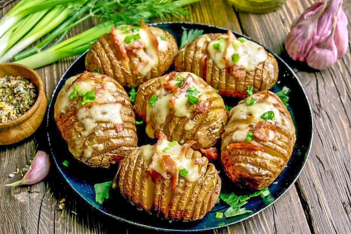 Baked Potatoes the British Way - England Foods To Eat
