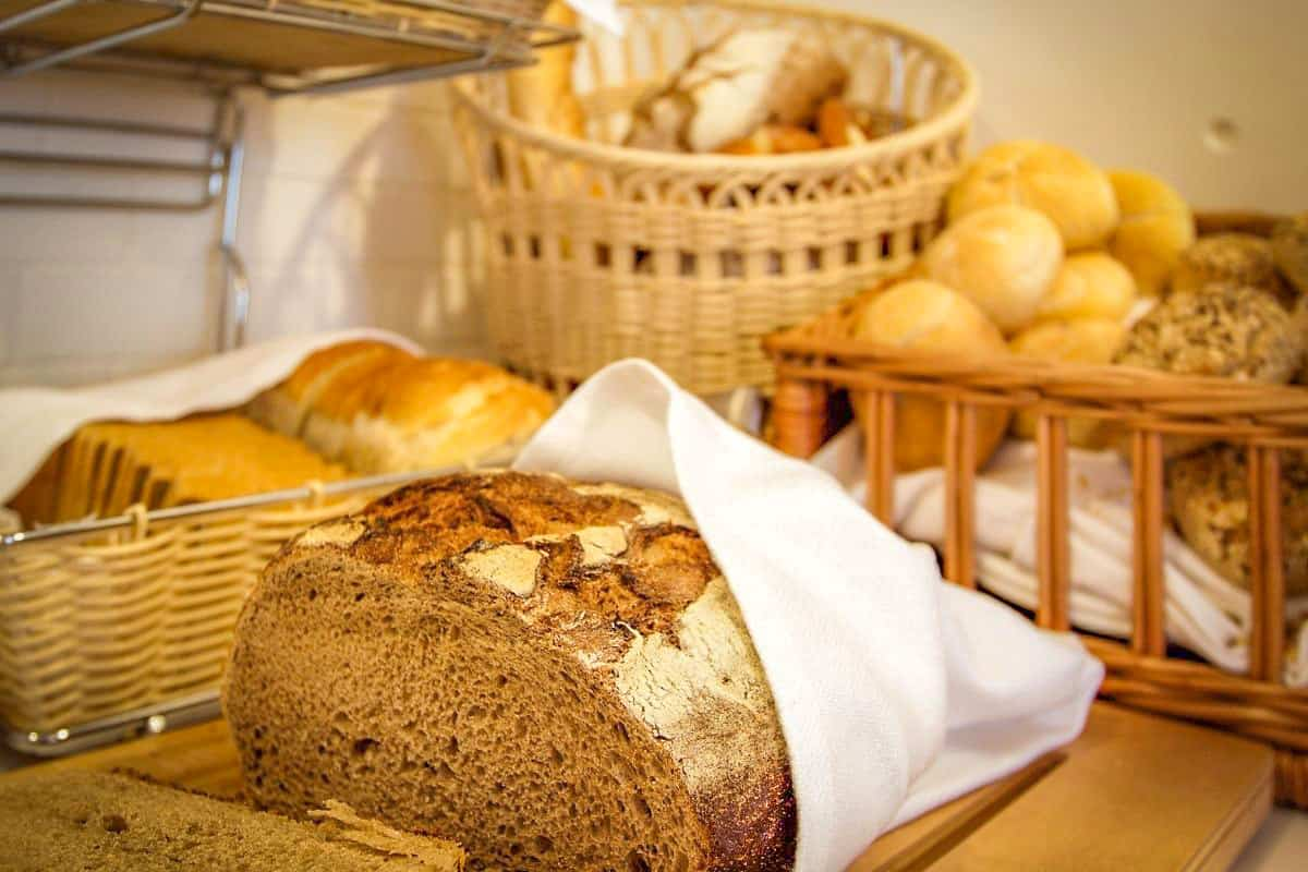 English Country Bread - England Foods To Eat