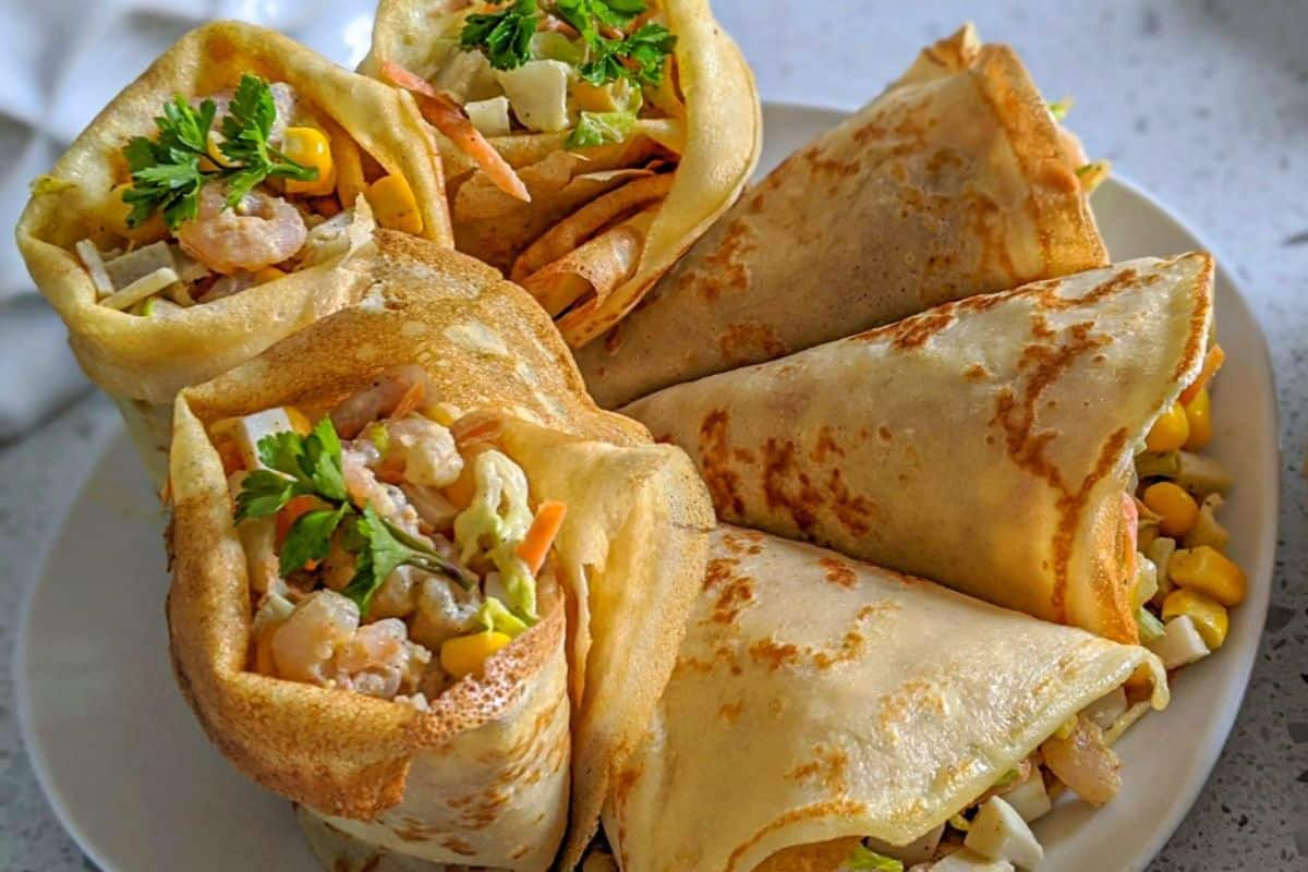 11. Russia Cuisines - Meant Blini w Cheese (1)