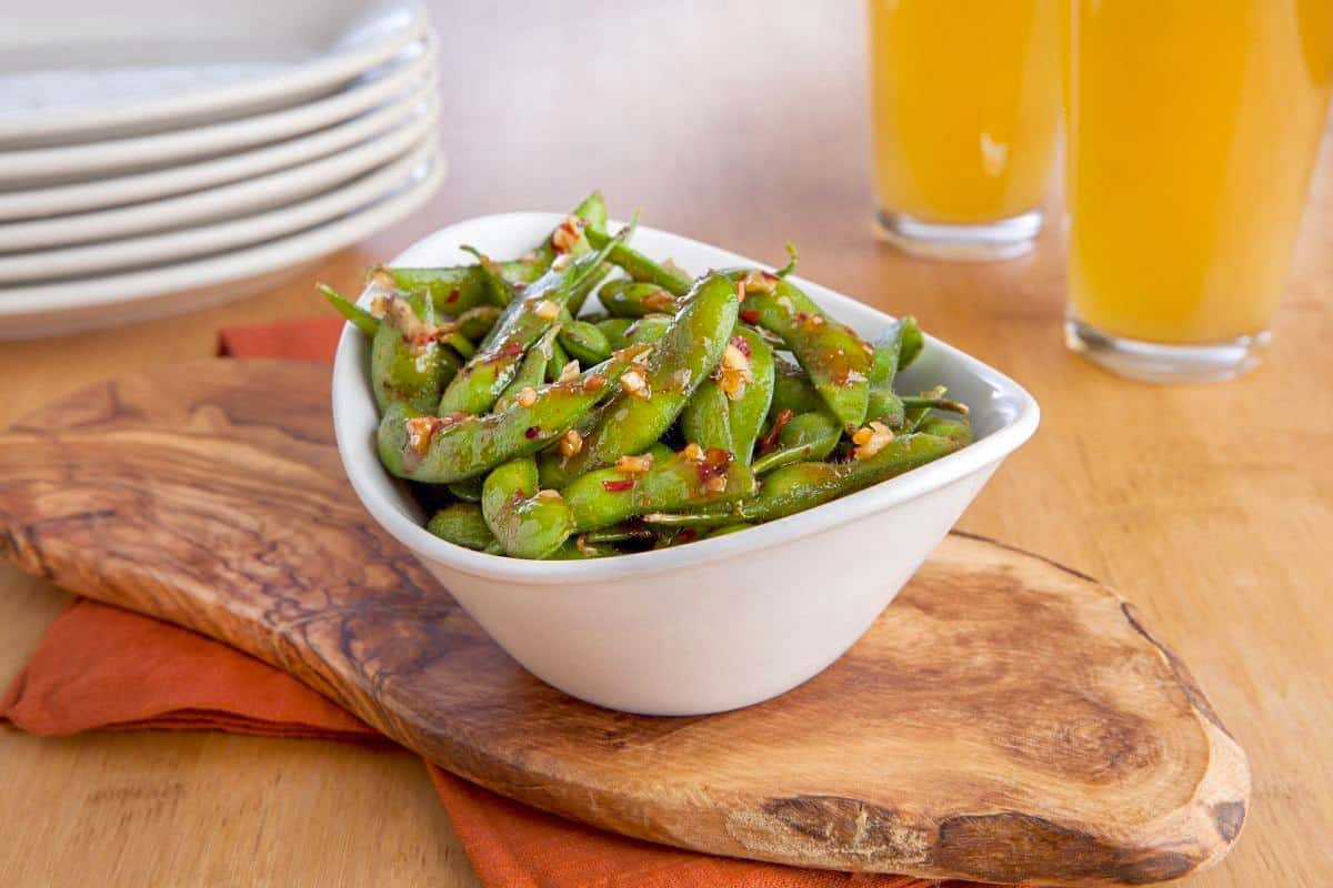 Sweet and Spicy Soy Glazed Edamame - Japanese Dinner Recipes