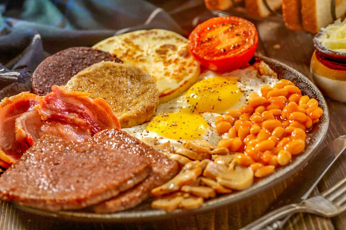 2. Full Scottish Breakfast You Can Make At Home