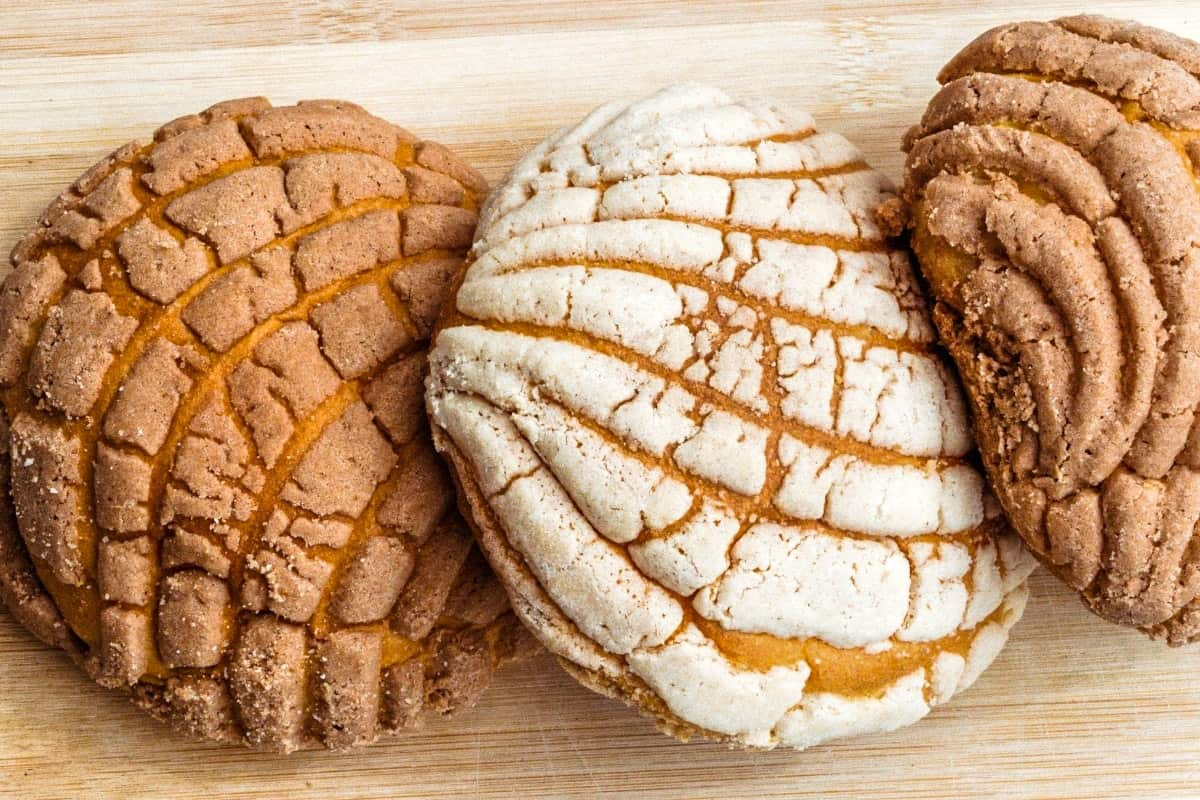 Conchas (Traditional Mexican Sweet Bread) - Mexican Foods