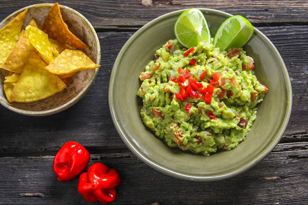 Guacamole - Traditional Mexican Foods