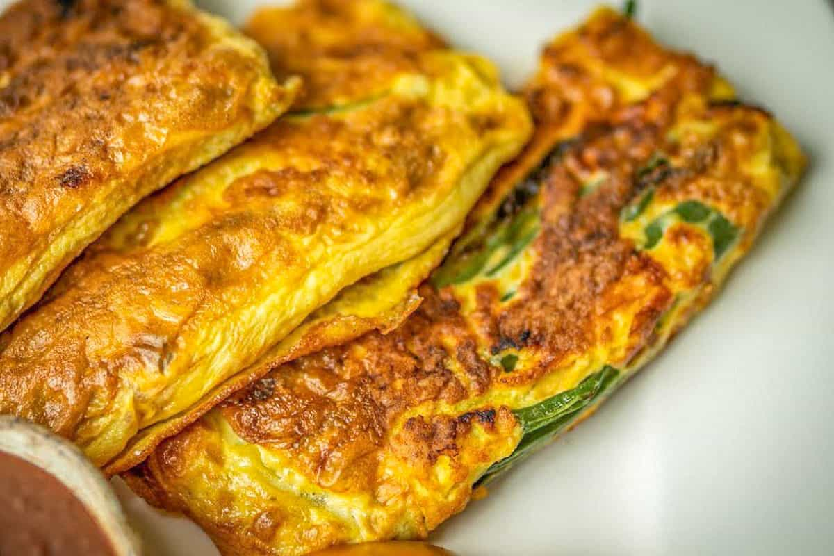 Barbudos (greenbean fritters) - Costa Rican Foods